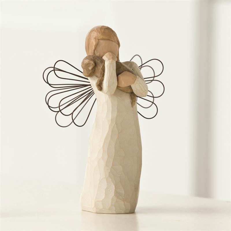 angel of friendship willow tree figurine by susan lordi. Black Bedroom Furniture Sets. Home Design Ideas